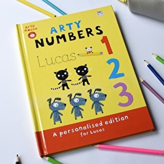 Arty Mouse Numbers Activity Book